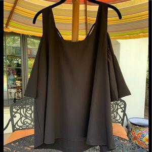 Peter Nygard | EUC! black cold shoulder blouse | L